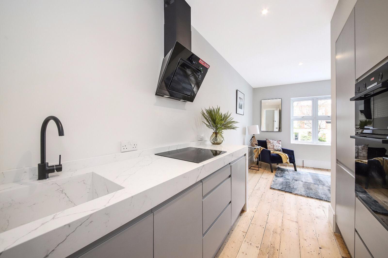 wren kitchens, faber hoods Interior design kitchen small