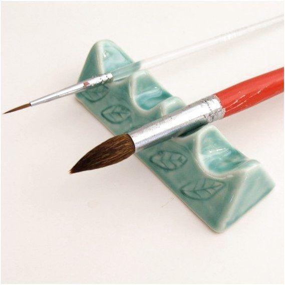Künstlerpinselhalter von sumiko2etsycom #PotteryInspirations #Pottery #Ceramics clic ... #ceramicart