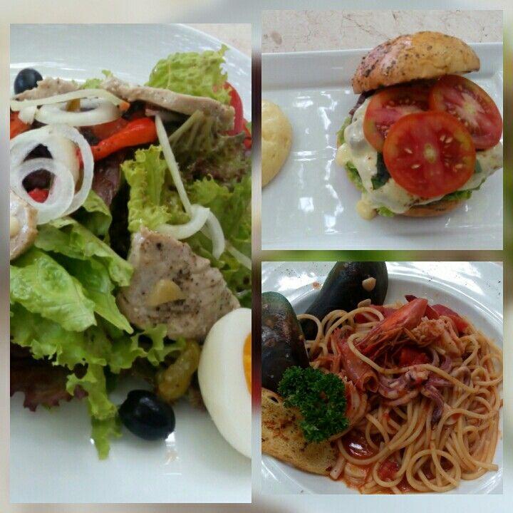 La Pergola, Italian Garden Restaurant. Jalan