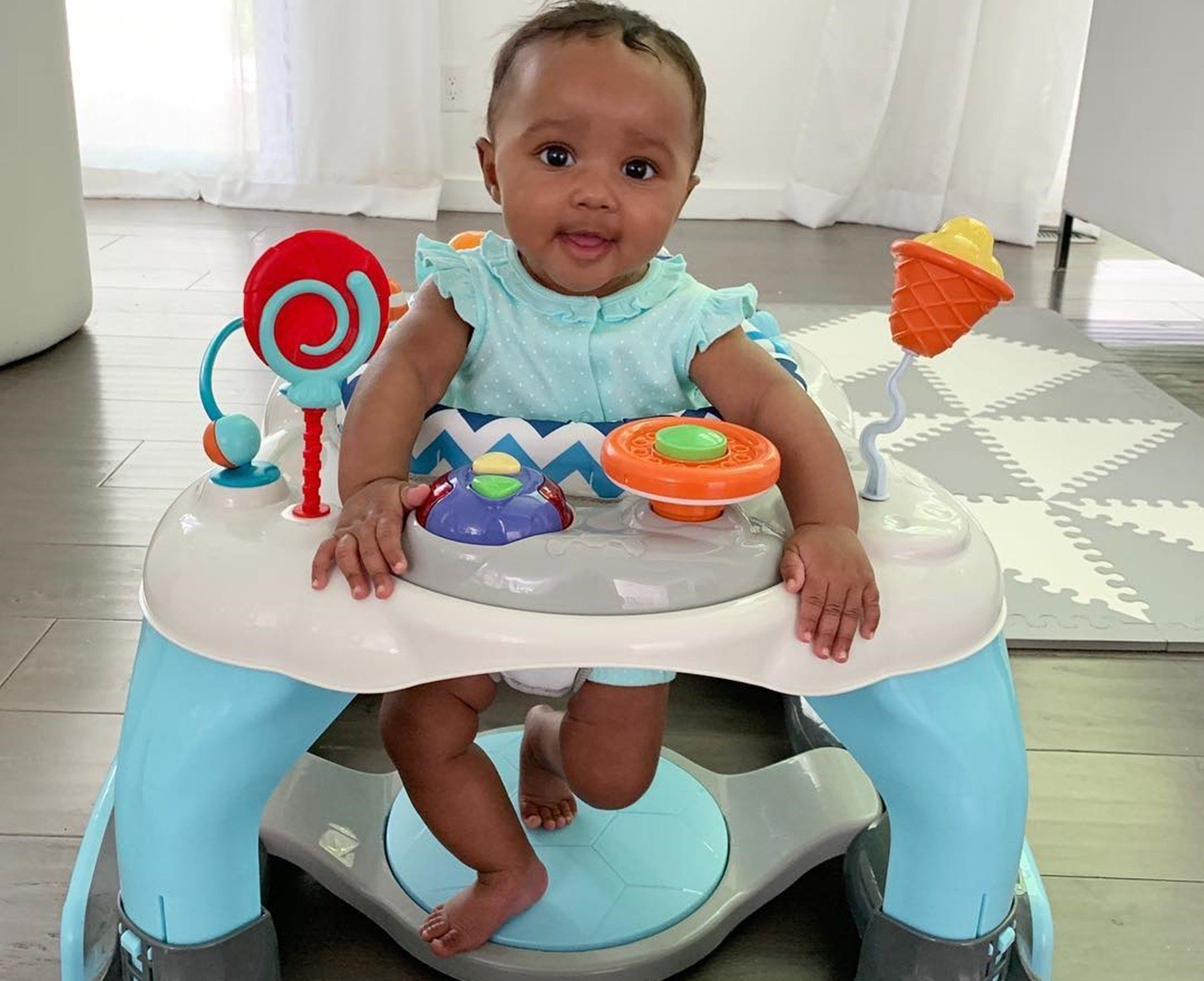 Kenya Moore's Daughter, Brooklyn Daly Has Fun Outside With