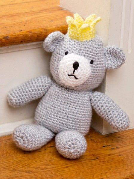 diesen teddy k nnen wir uns gut unterm weihnachtsbaum vorstellen denn ber h kelteddy lucky. Black Bedroom Furniture Sets. Home Design Ideas
