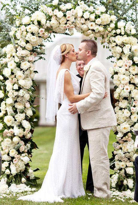 A Clic Outdoor Wedding In Virginia Weddings Real