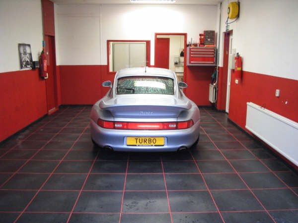 Pvc Tegels Garage : Pvc garage vloer anti slip pvc garage vloeren tegels cm