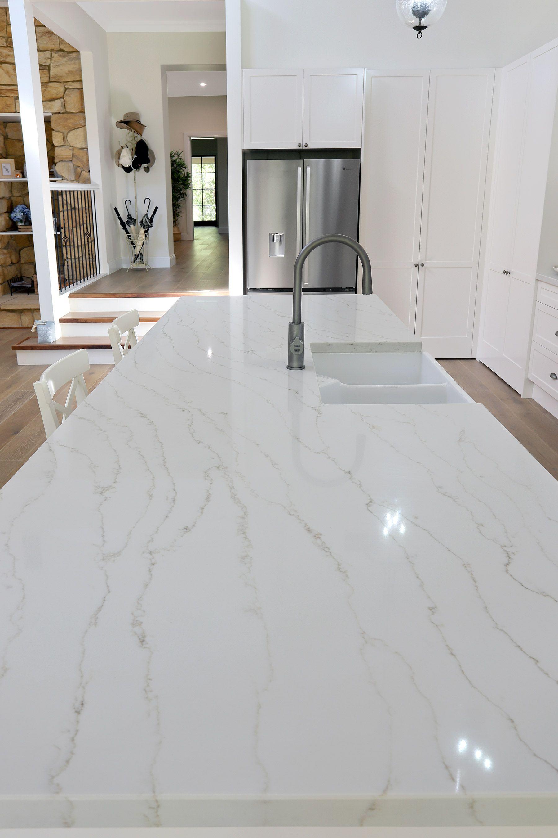 Incredible Harris Kitchens Kitchen Benchtop Featuring Smartstone Inzonedesignstudio Interior Chair Design Inzonedesignstudiocom