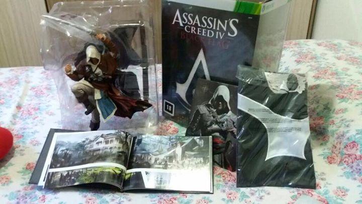 Oi, estou vendendo um boneco edição limitada do Assassin's Creed IV Black Flag, gostaria de saber se é do interesse de alguém.   Contem:  - Barco com Velas - Boneco - Bandeira - 2 CDs originais sendo um de musicas e outro do jogo  - um livro  estou querendo num valor de R$200,00  interessados podem chamar inbox contato: (13) 98826-5526 #assassinscreed #assassins #ubisoft #assassinscreedmovie #aguilardenerha #assassinscreed #assassins #creed #assassin #ac #assassinscreeed2…