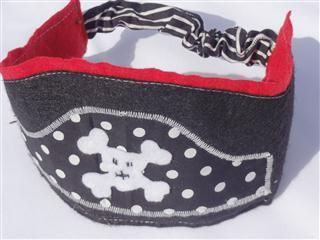 cool idea! much better (and cuter!) than the bulk standards pirate hats out there