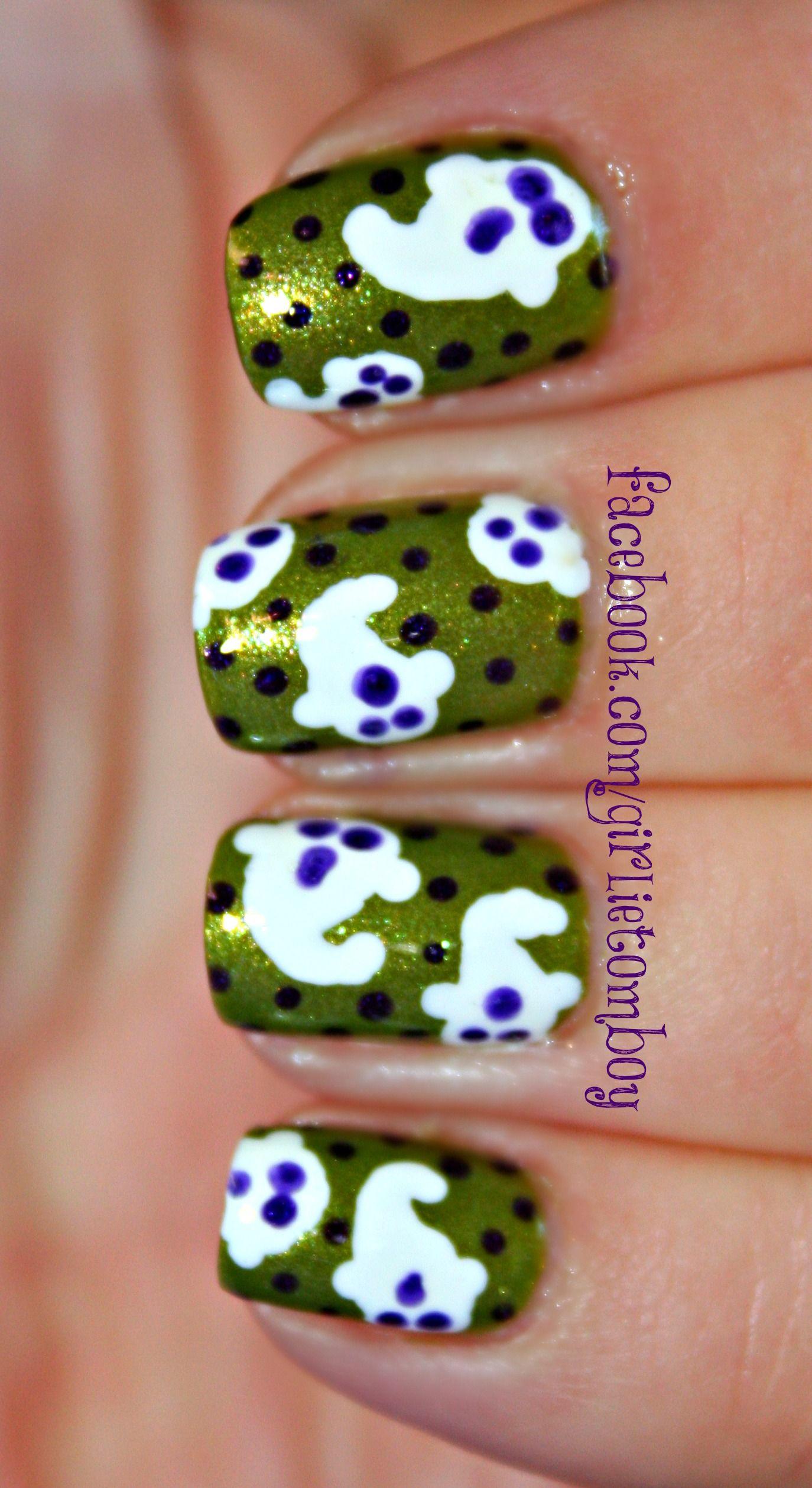Ghosties Halloween Nail Art | Halloween nail art ...