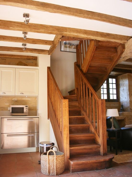 Best La Maisonnette Du Coteau Stairs Rustic Staircase Beautiful Houses Interior Interior Staircase 400 x 300