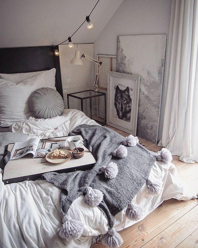 DIY Decke mit Pompons | Wohnung Dresden 2018 | Pinterest | Check