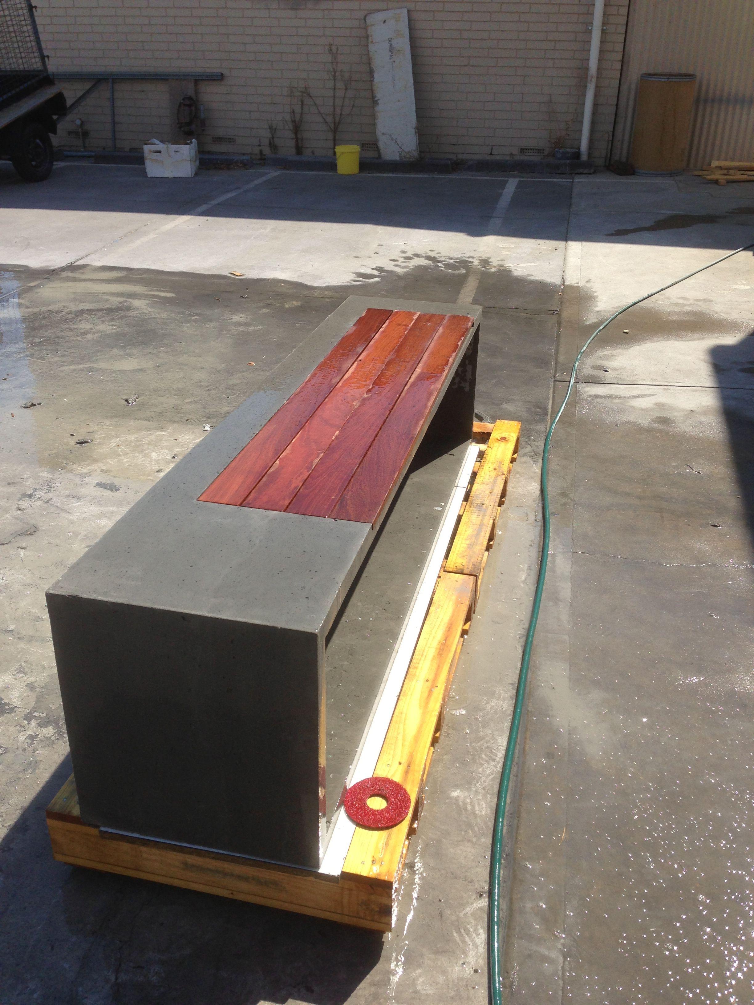 Concrete bench seat | Concrete house | Pinterest | Concrete bench ...
