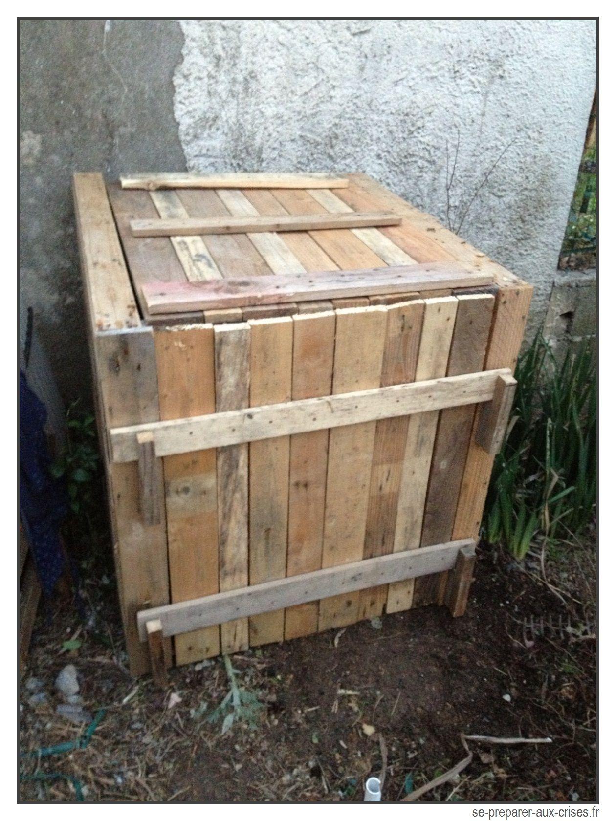 composteur en bois gratuit jardinage compost garden. Black Bedroom Furniture Sets. Home Design Ideas