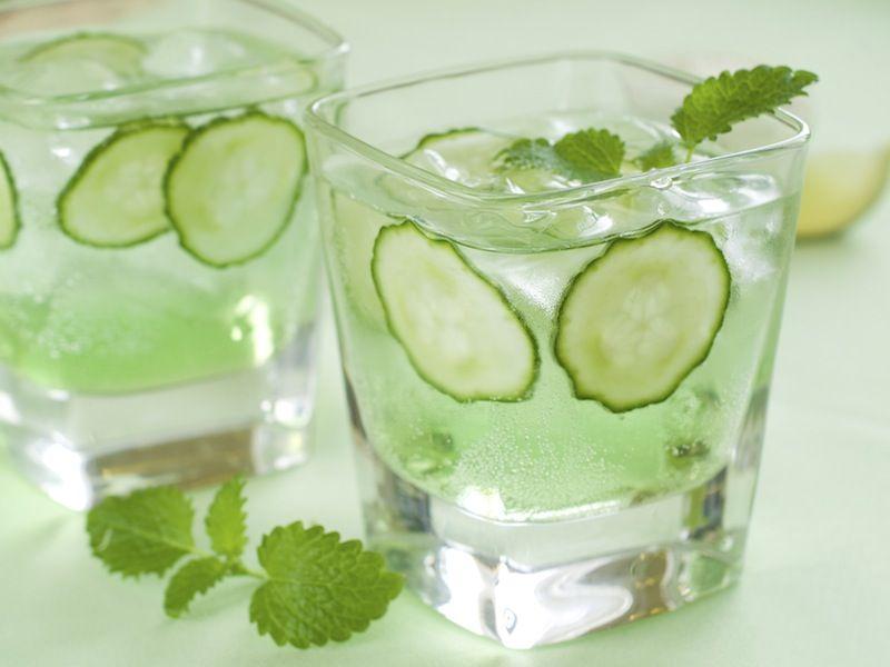 Gin tonic au concombre et à la menthe   Recette pour