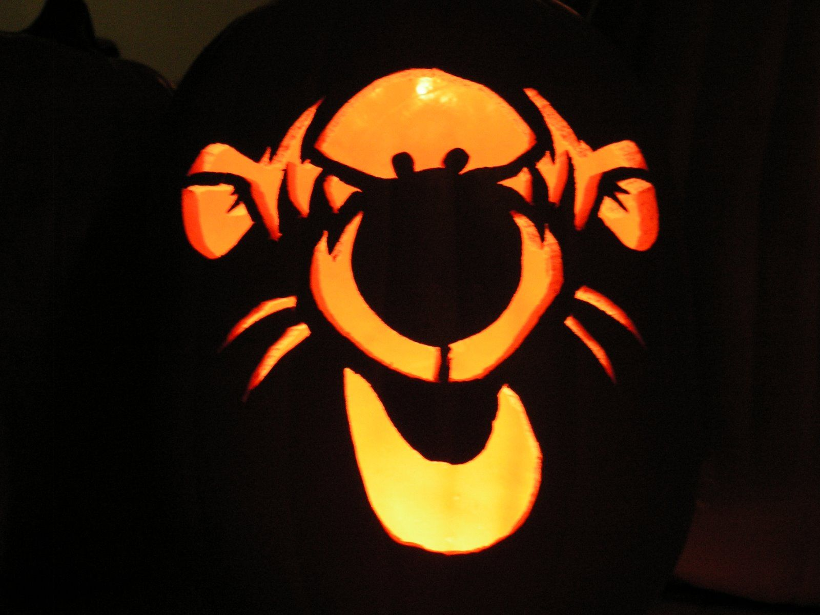 For The Disney Kid In All Of Us | Stencil templates, Pumpkin ...