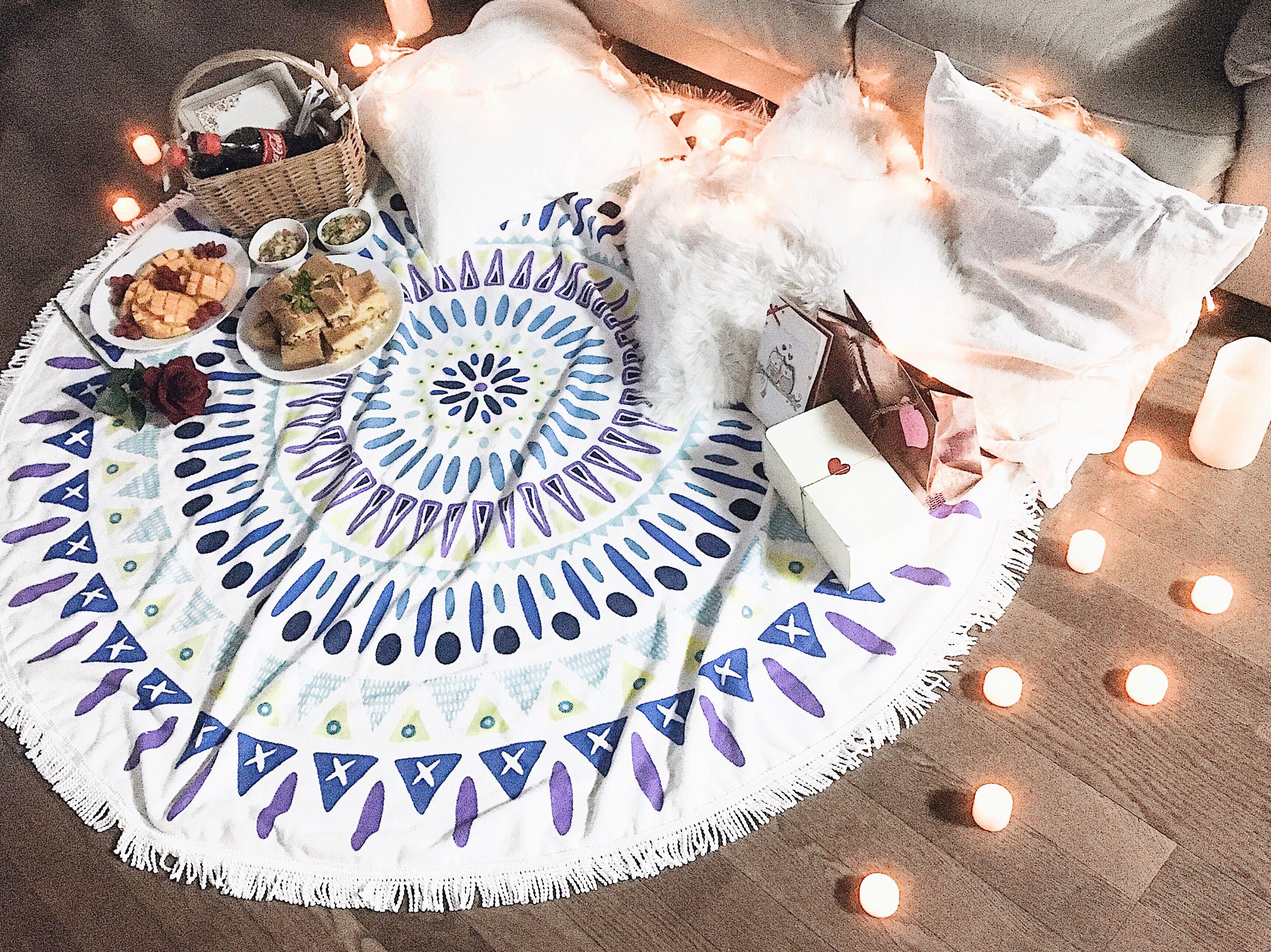romantic picnic at home | Couple | Pinterest | Romantic picnics
