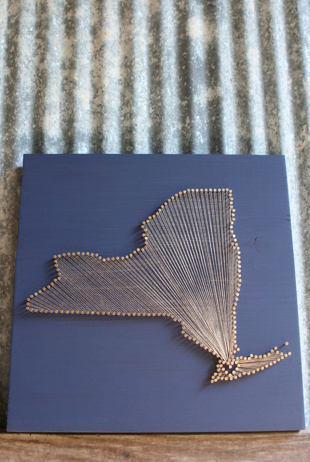 new york love reclaimed wood nail and string art. Black Bedroom Furniture Sets. Home Design Ideas