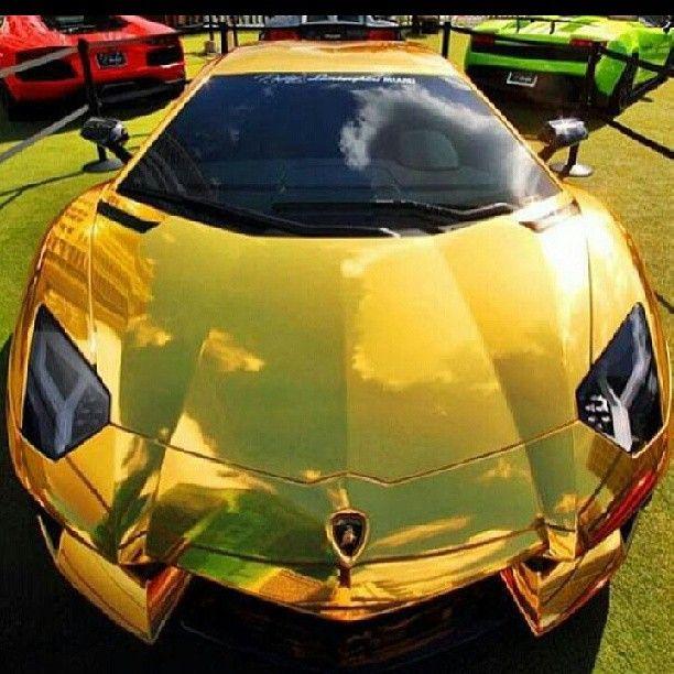 Striking Gold The Lamborghini Aventador With Images Amazing