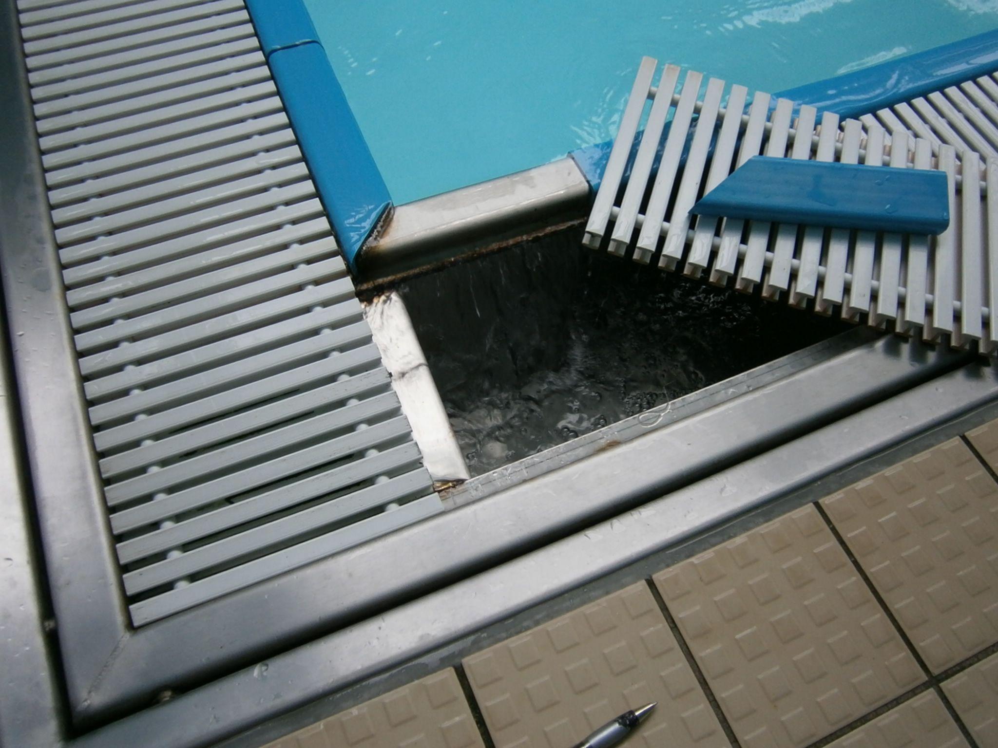 Modern Pool Designs Enchanting Overflow Swimming Pool Design ...