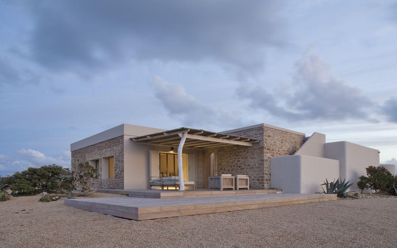 Pierluigi molteni architetto studio di architettura for Case architettura