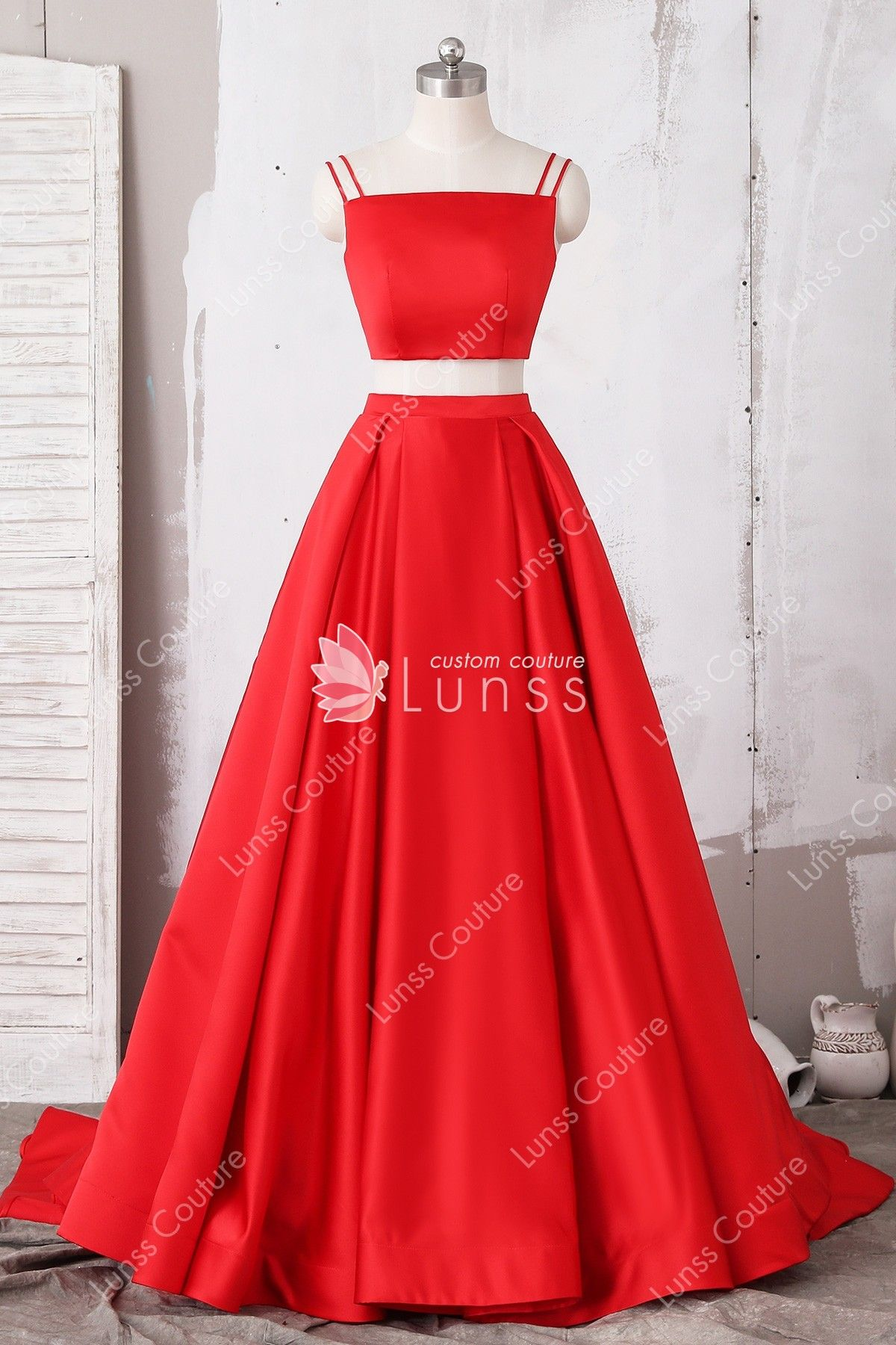 Red Two Piece Satin Puffy Prom Dress With Pockets Prom Dresses With Pockets Puffy Prom Dresses Red Homecoming Dresses [ 1800 x 1200 Pixel ]