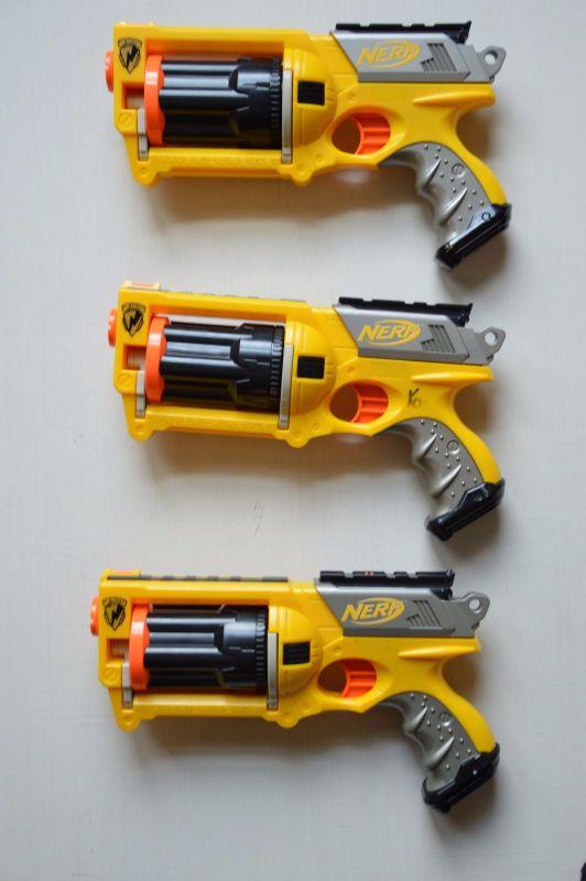 Description - This lot comes with 3 Maverick 6 shooter nerf gun. Each gun  will