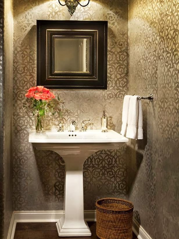 DIY Vanity Mirror With Lights for Bathroom