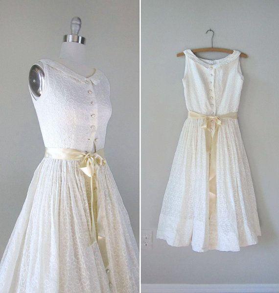 vintage wedding dress. | Vintage Wedding Dress | Pinterest