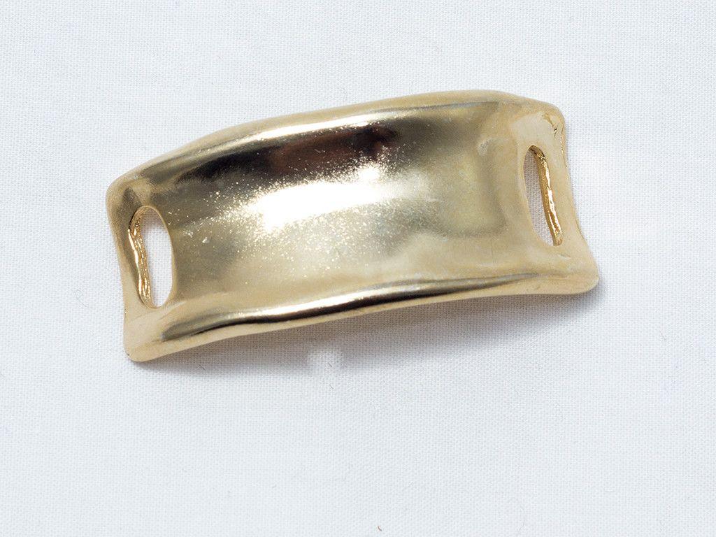 aa61117f1c19 Medio brazalete de zamak con baño en oro. Materiales para bisutería ...