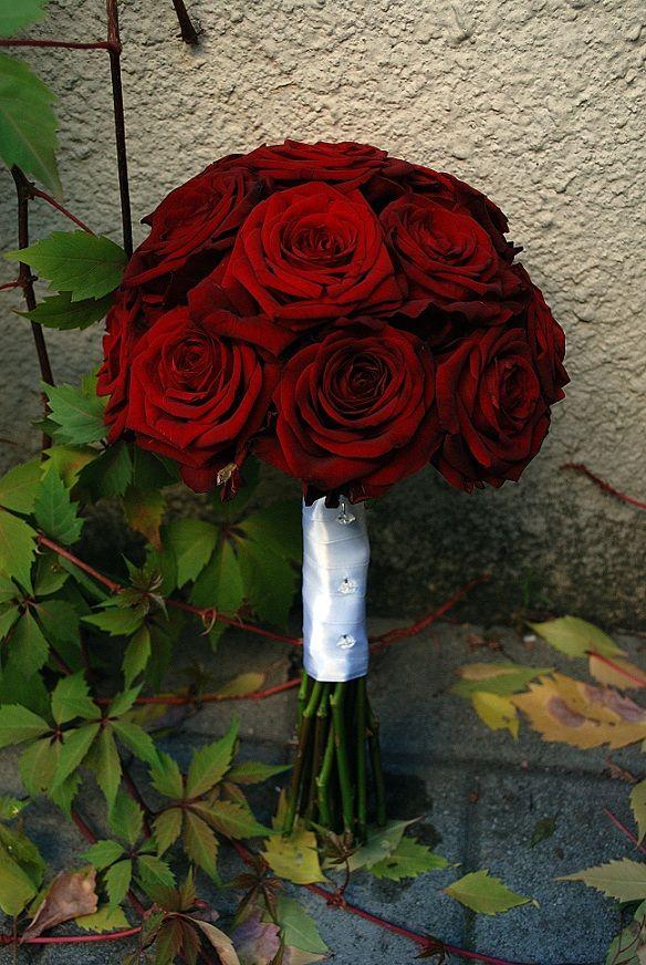 Klasyczne Czerwone Roze O Nazwie Red Naomi Wedding Weding Rose