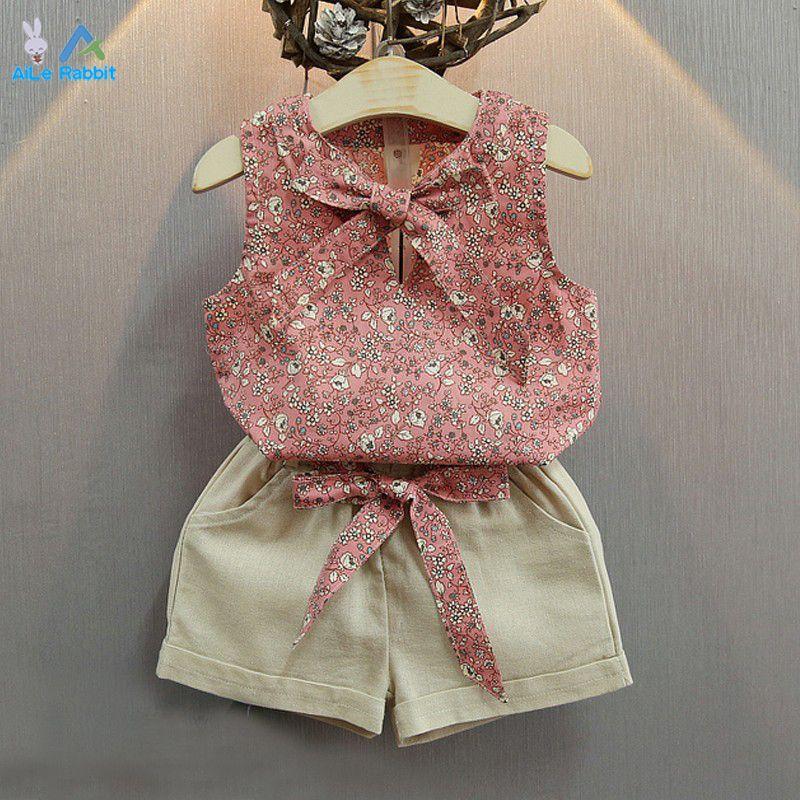 a2491dcff18d AiLe Rabbit Retail Fashion Cartoon Girls cartoon Summer Clothes Baby Suits  Kids T Shirt +pants Children Clothing Set