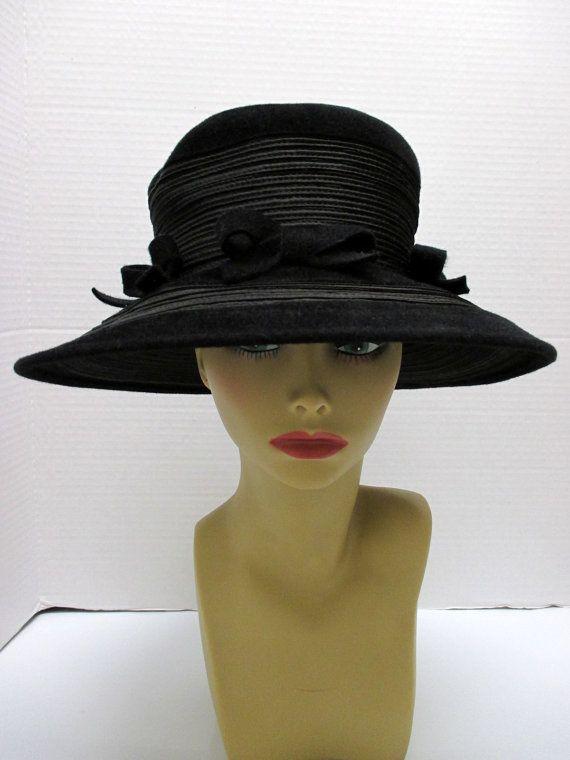 565a4c3e35945 1960 s Hat