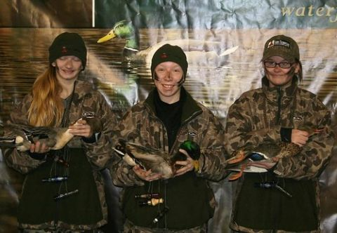 787f92d0526e Duck hunting is for girls