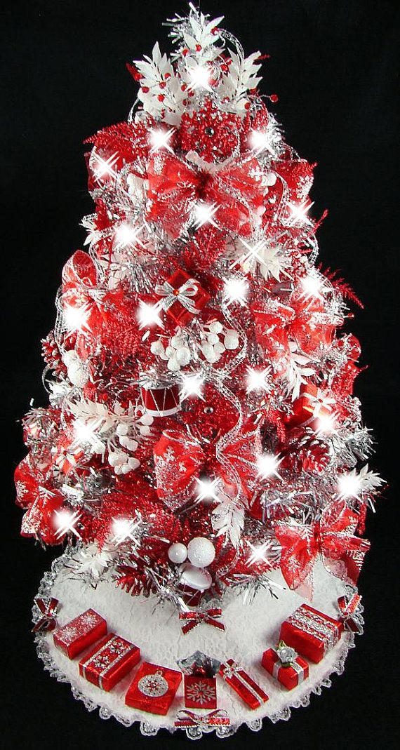 Marvelous Beautiful Hand Decorated Tabletop Christmas Tree!