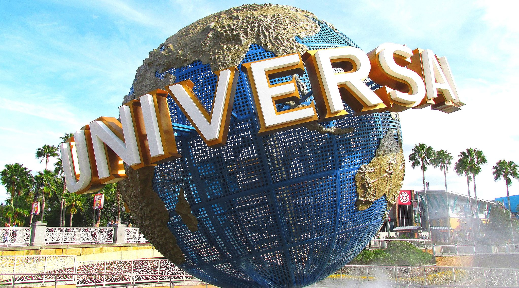 universal studios ultimate guide to high stakes thrill rides when rh pinterest nz