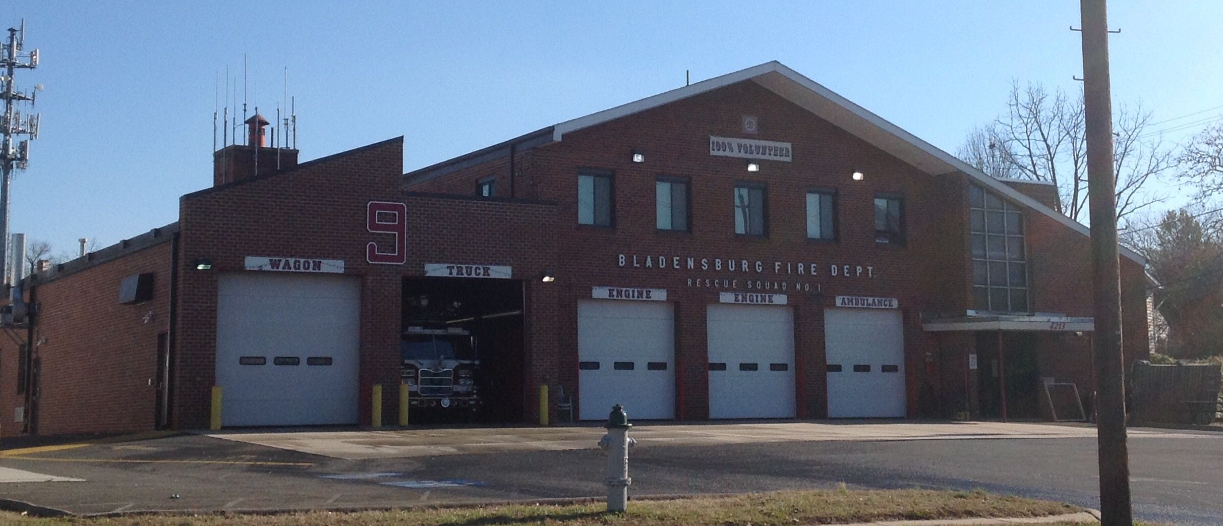 Prince George's County Station 9, Engine 809, Engine 809B, Engine 809C, Truck 809, Ambulance 809 and Ambulance 809B. Bladensburg, MD.