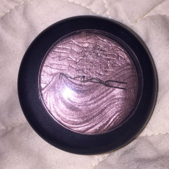 "MAC extra dimension eyeshadow ""Smoky Mauve"". Almost complete product, used about 2x. Beautiful color. Bundle for cheaper shipping and extra discount!! MAC Cosmetics Makeup Eyeshadow"