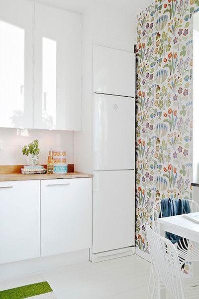 Statement Wall White Kitchen Wallpaper White Kitchen Furniture Interior Decorating Kitchen