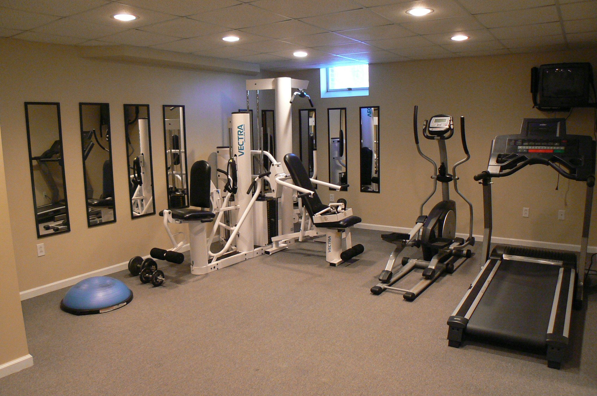 Weight room on pinterest home gyms basement gym and home gym design - Images of home gyms ...
