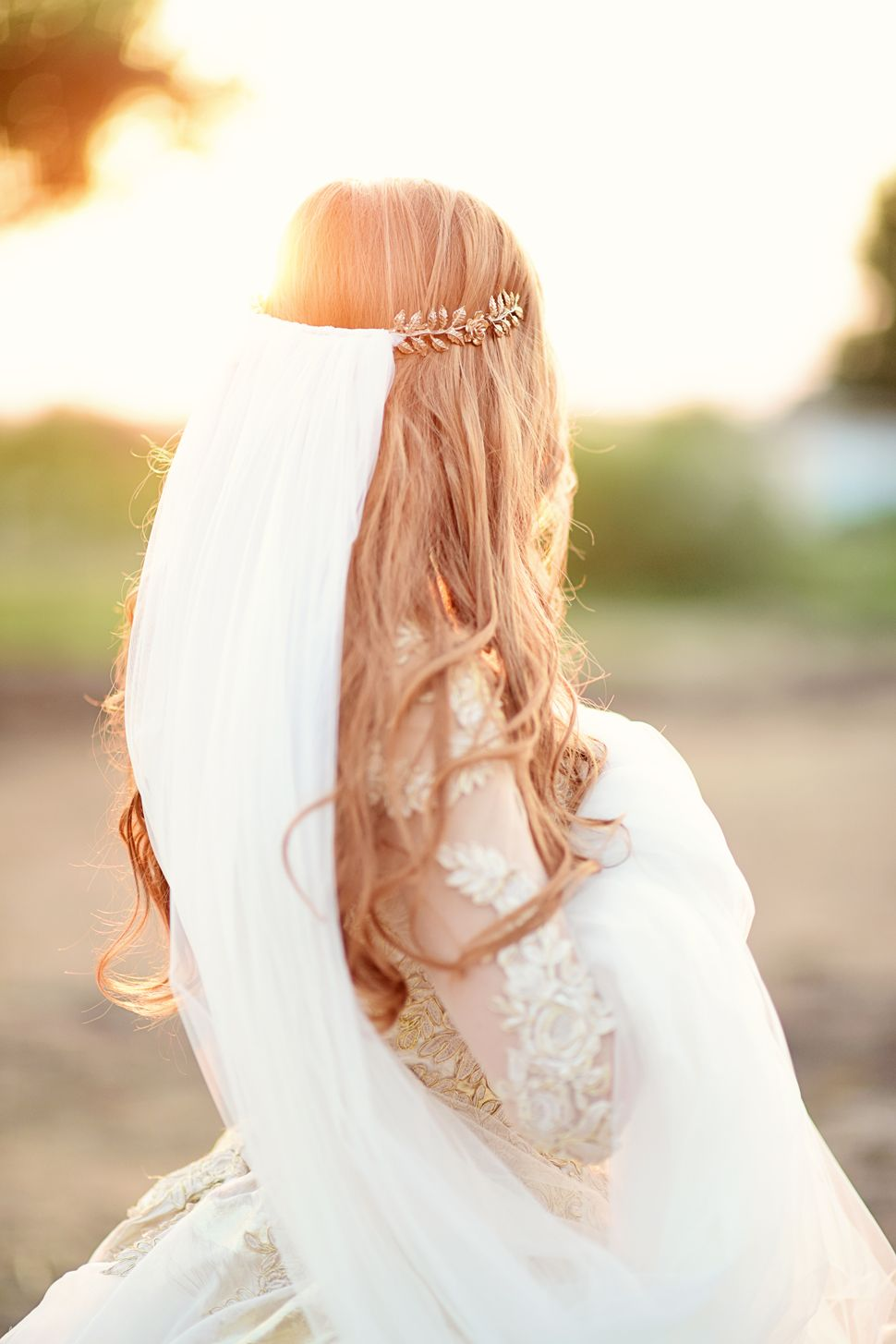 Beautiful wedding. Royal wedding dress. Royal veil.