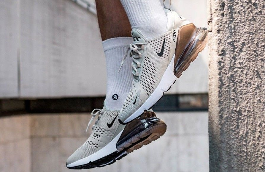 huge discount 917fe 0c770 NIKE AIR MAX 270