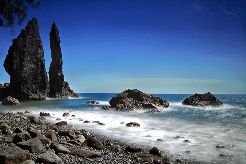 33 Gambar Pemandangan Religi Pantai Batu Layar Objek Wisata Pantai Dan Religi Di Lombok Download Jual Wallpaper Custom 3 Di 2020 Pemandangan Pantai Pantai Cenang