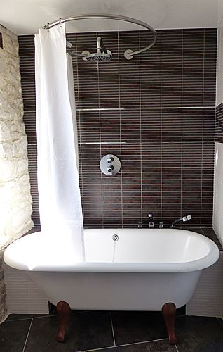 baignoire ilot hommage villeroy et boch tringle rideau douche circulaire galbobain bathroom. Black Bedroom Furniture Sets. Home Design Ideas