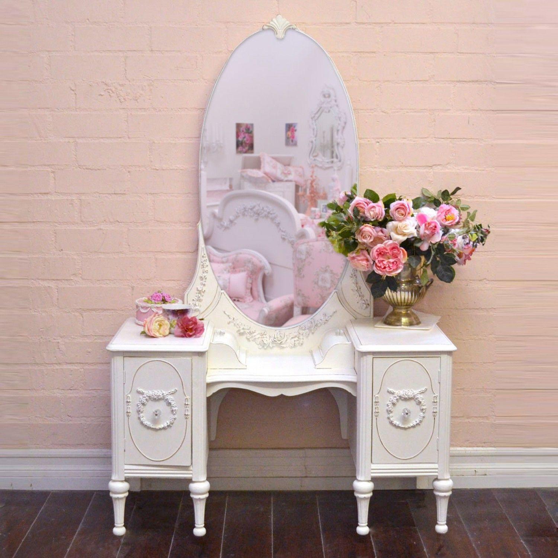 Elegant Vintage Vanity in White with Mirror 950.00