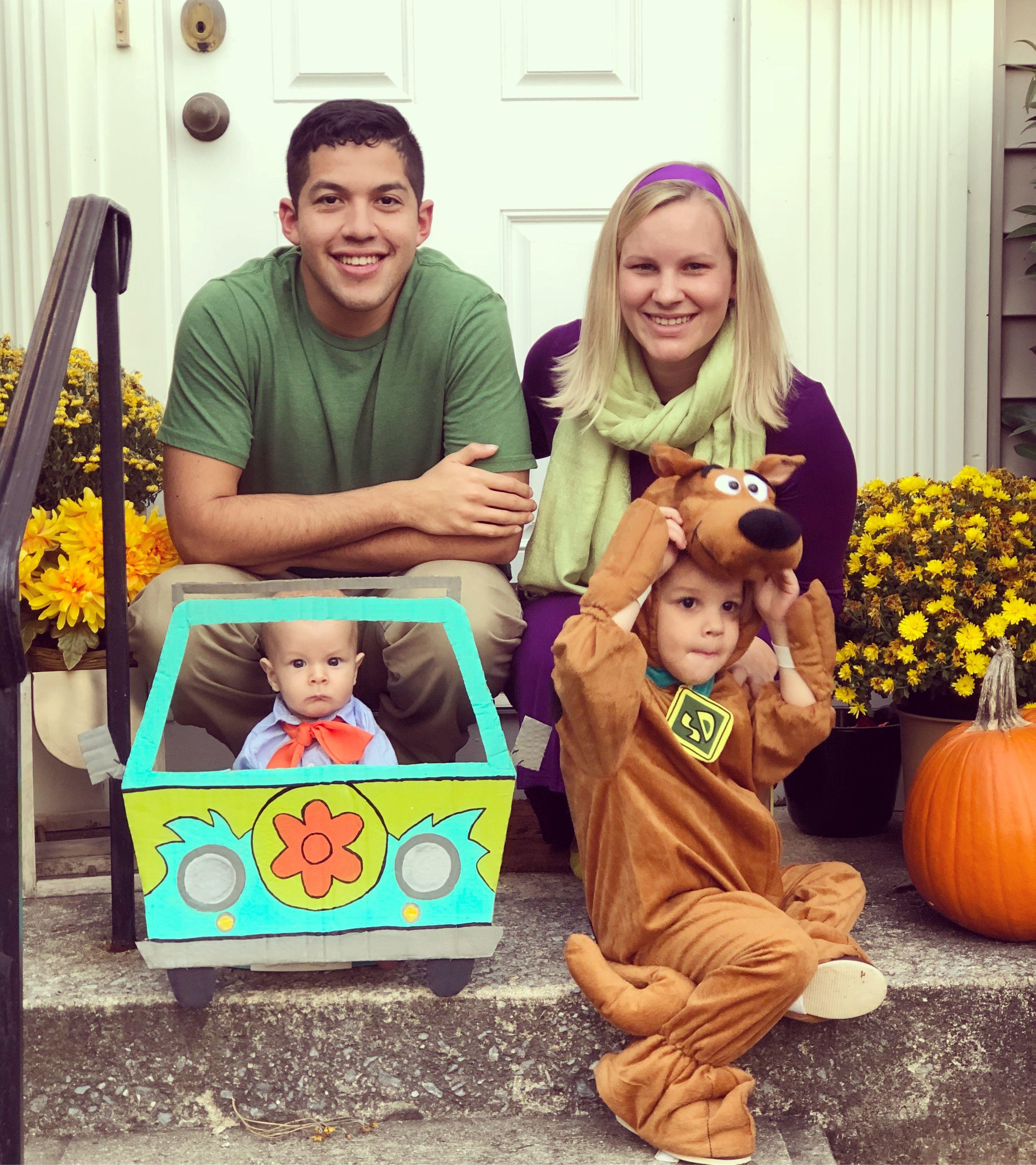 Scooby Doo Family Costume | Family costumes, Family ...