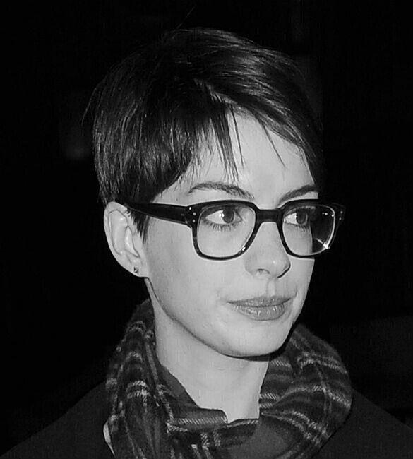 Glasses Glasses Coupe de cheveux, et Cheveux