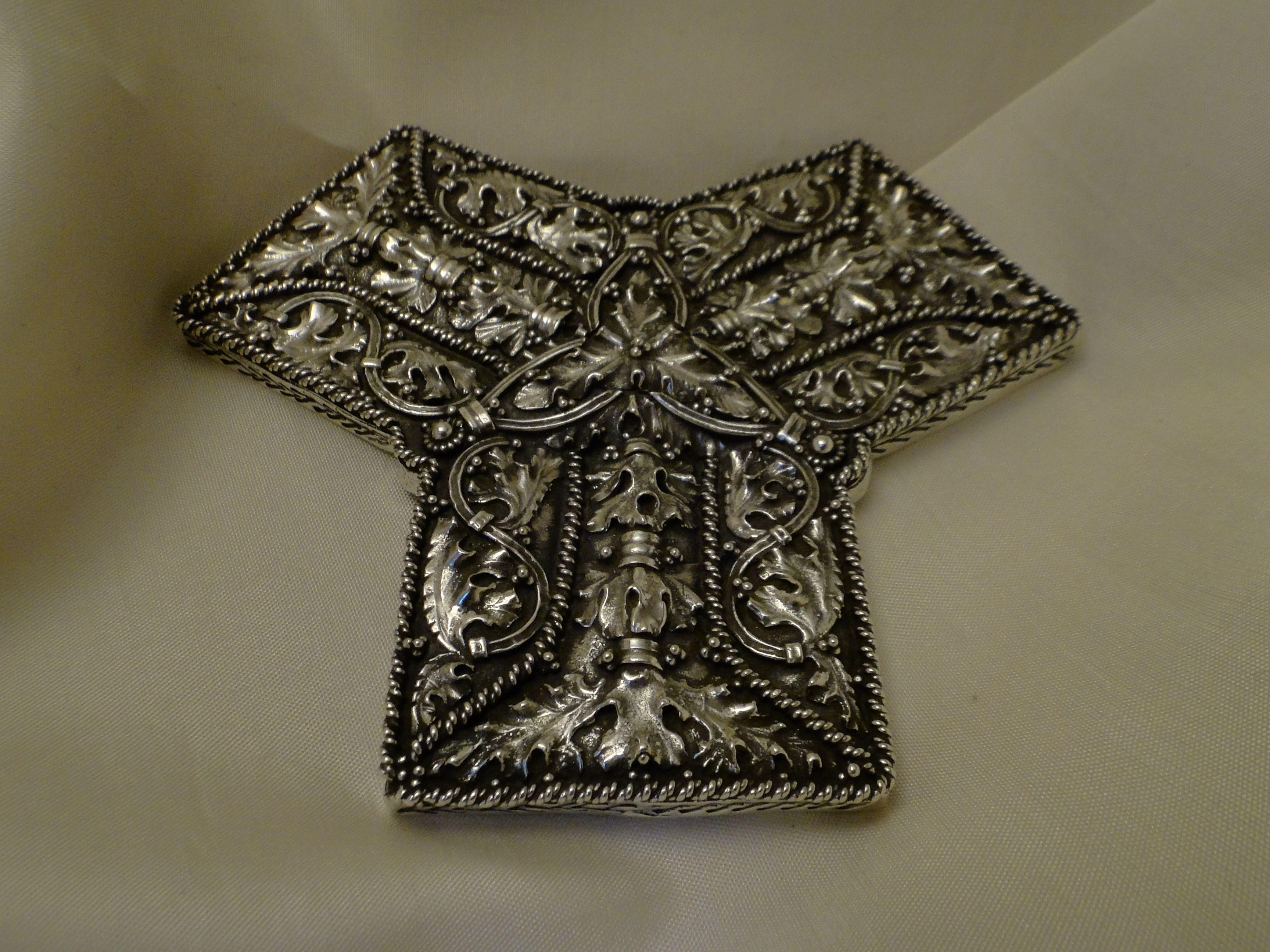 9th century Sterling silver \u00d8vre Eiker Replica Hoen Hoard brooch Norway Buskerud