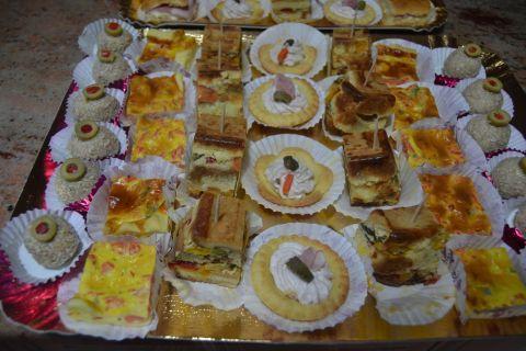 Buffet Natalizio Cookaround : Cookaround forum aperitive buffet și party
