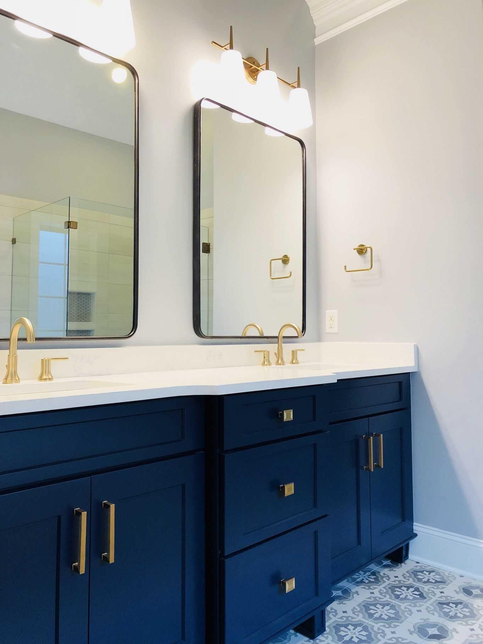 24 Luxury Vanity Mirror With Lights Ideas Manlikemarvinsparks Com Bronze Bathroom Light Fixtures Blue Bathroom Vanity Blue Vanity
