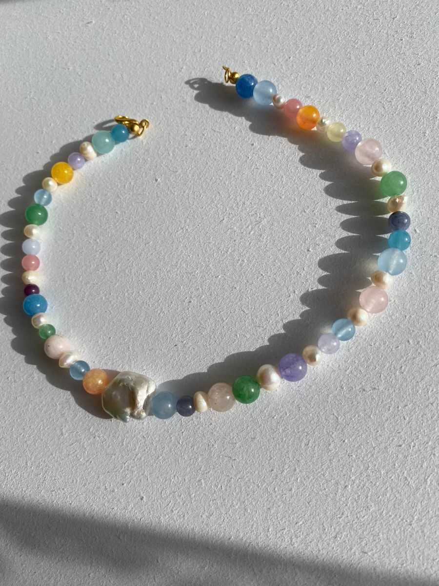 """Natural stone and Baroque pearl """"Coloré"""" necklace"""