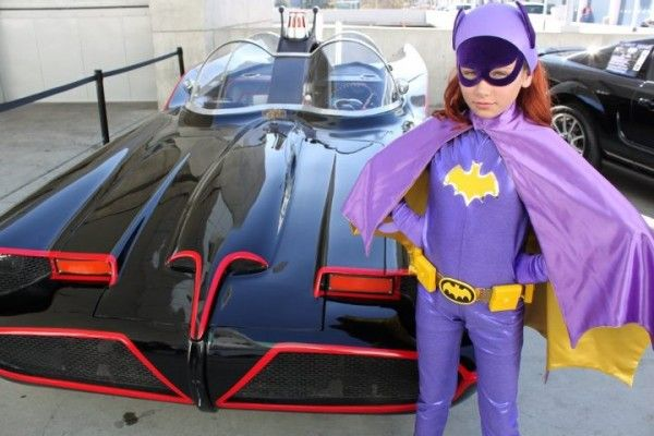 An Adorable Batgirl With Her Ride [Cosplay]