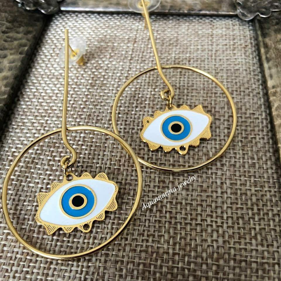 Gold earrings 💫🌠✳️ Pedidos a WhatsApp 📱0988176979 . . . #cadena #brazalete #bisuteriafina #tornillo #clavo #ojoturco #golfield #acero #top #exclusivo #gold #aretes #plata #dorada #rosegold #handmade #jewelry #amor #earrings